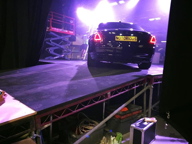 Stage for a car