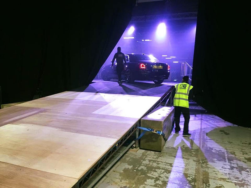 Stage for heavy objects
